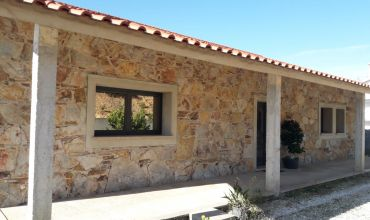 Villa T3 for Sale in Rosmaninhal, Santarém