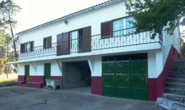 Farm T4 for Sale in Vale Centeio, Castelo Branco