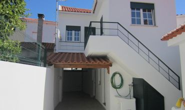 Villa T5 for Sale in Sobreira Formosa, Castelo Branco