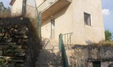 Villa T2 for Sale in Frazumeira, Álvaro, Oleiros, Castelo Branco