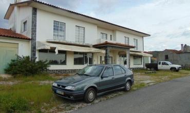 Villa T5 for Sale in Mosteiro de São Tiago, Sertã, Castelo Branco